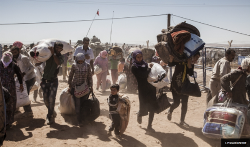 Syria refugees crossing into T