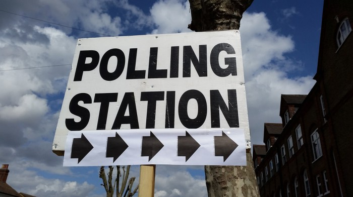 Polling station700